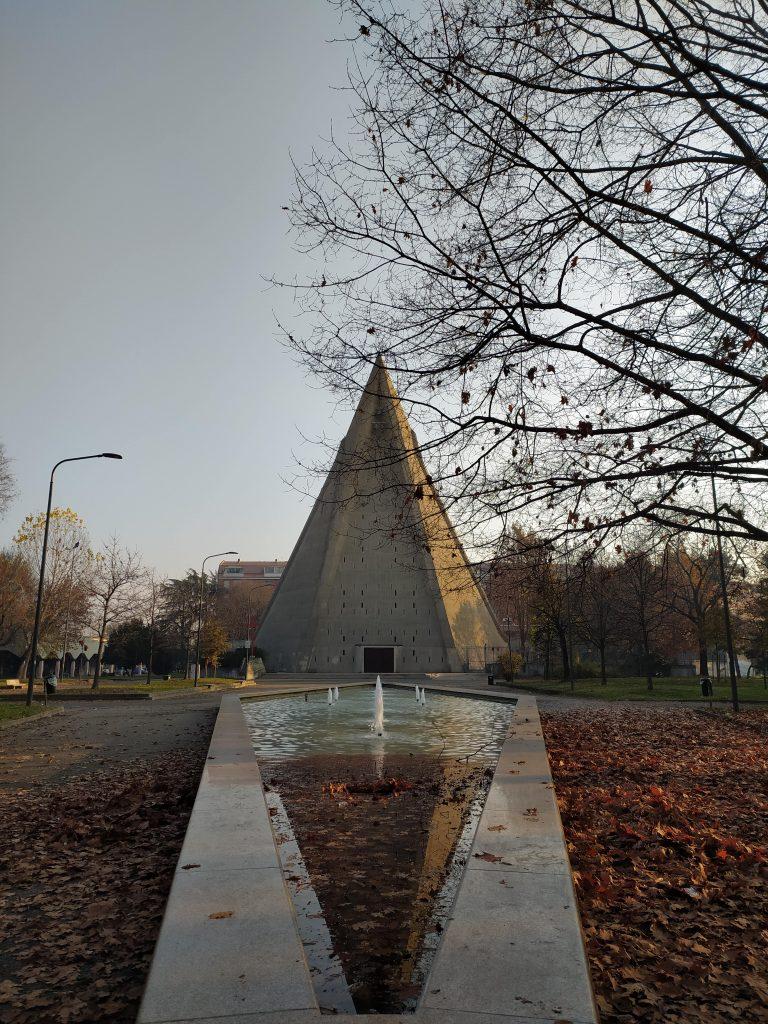 Chiesa di San Giovanni Bono Milano Brutalismo