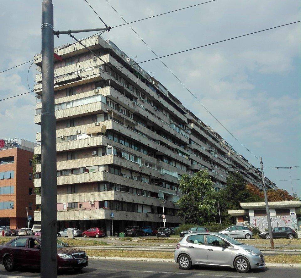 Architettura brutalista nuova belgrado