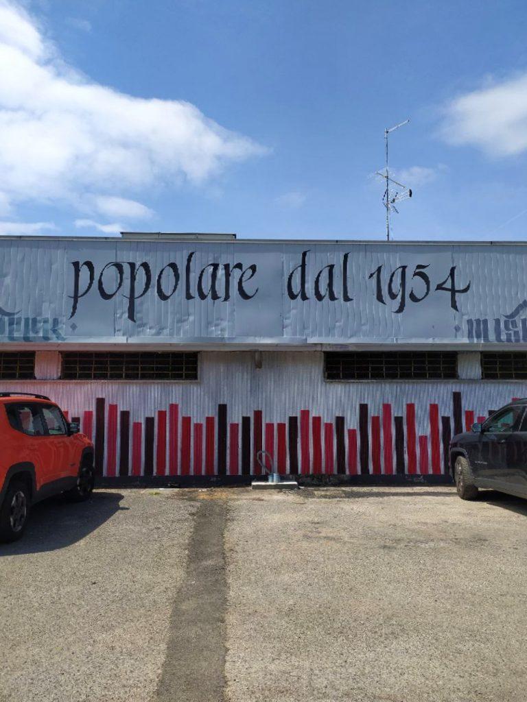 Mercato popolare di Lorenteggio Milano